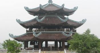 Gác Chuông chùa Bái Đính